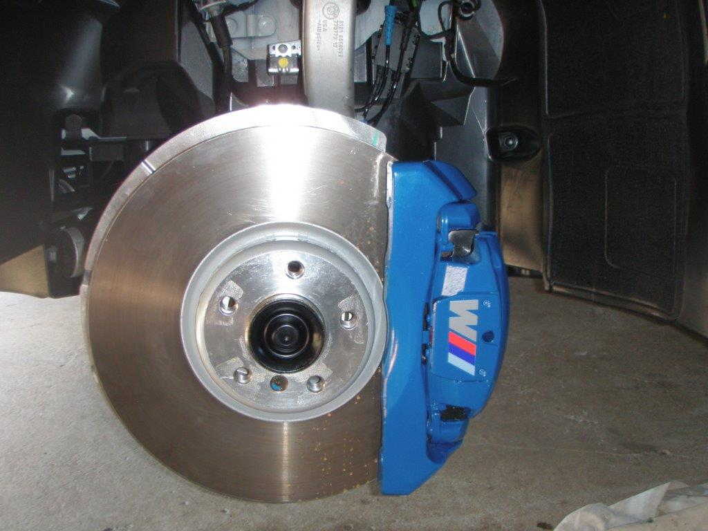 Those With The M Performance Brakes Question