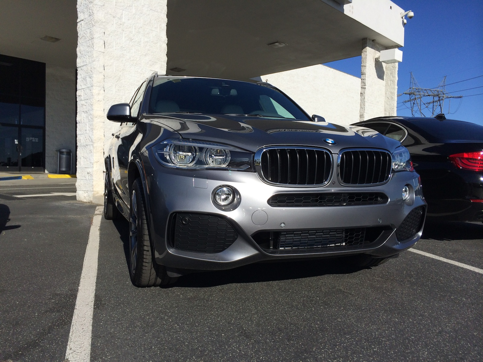 Space Gray Ivory Nappa X35i M Sport Delivered