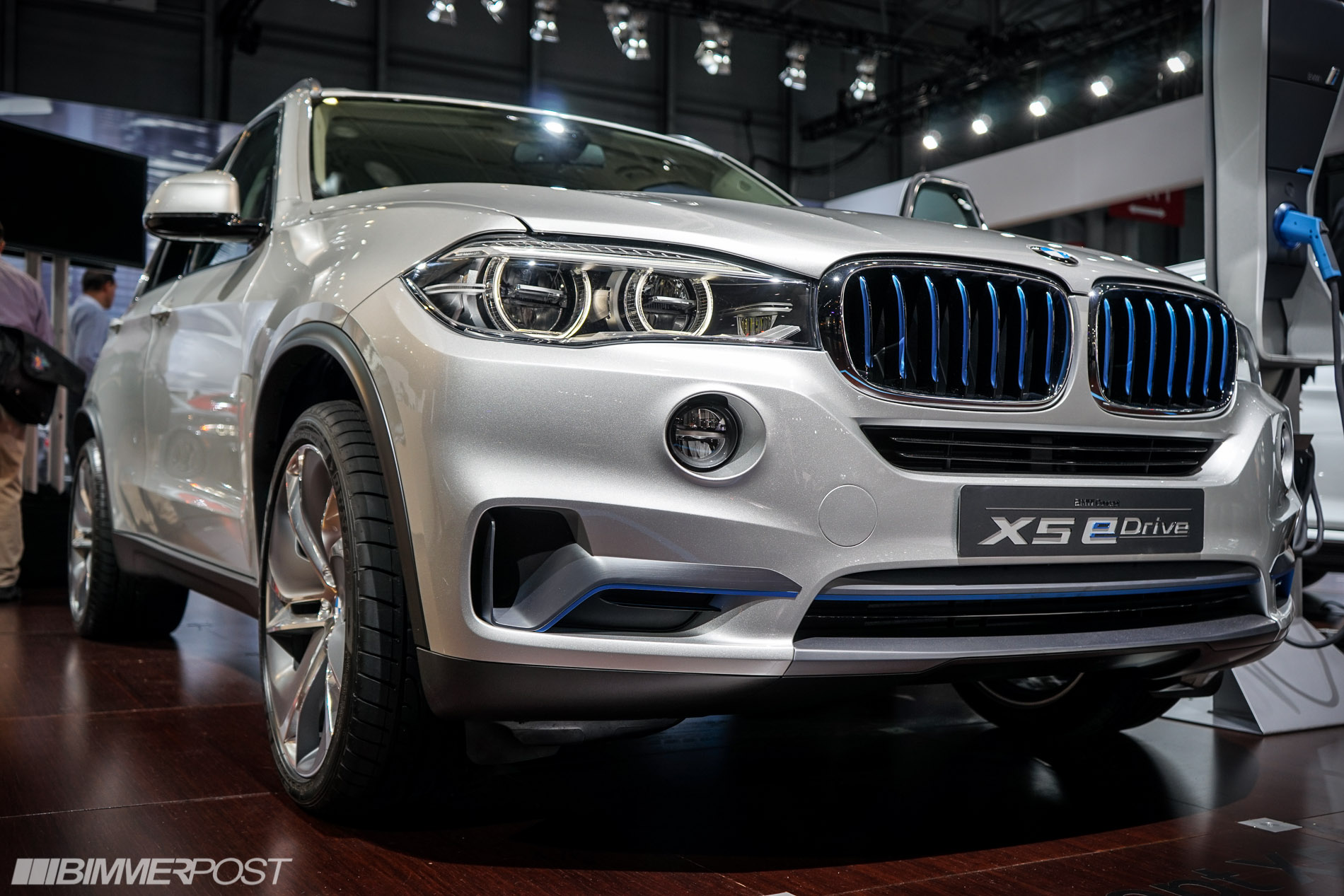 2014 nyias bmw concept x5 edrive. Black Bedroom Furniture Sets. Home Design Ideas