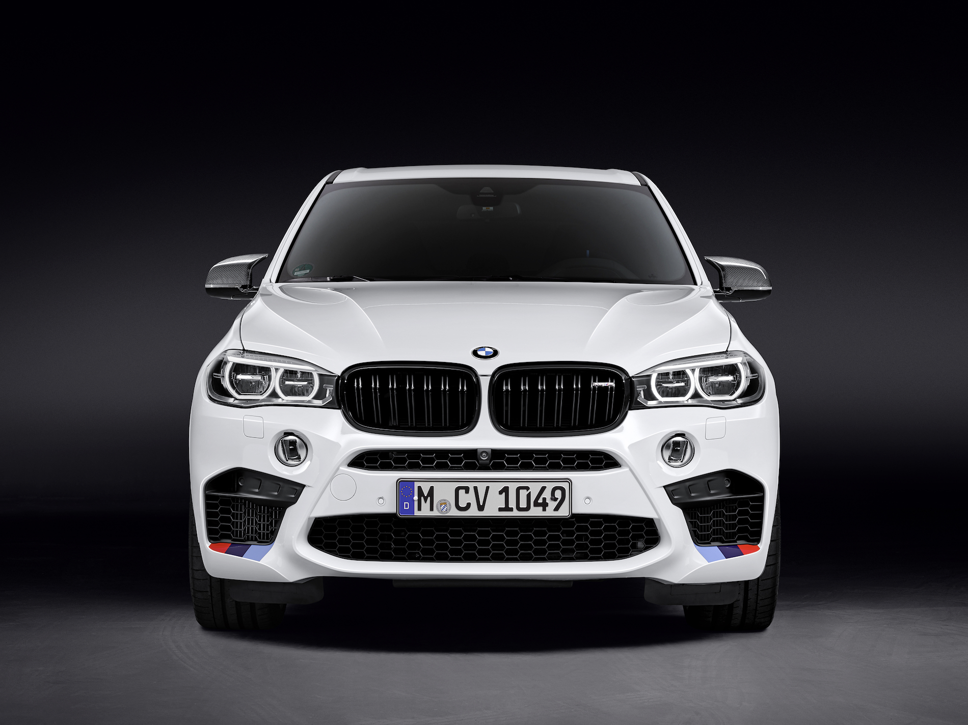 bmw m performance parts for the all new bmw x5 m and x6 m. Black Bedroom Furniture Sets. Home Design Ideas